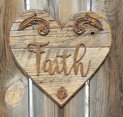 Barnboard Rust Heart - Faith
