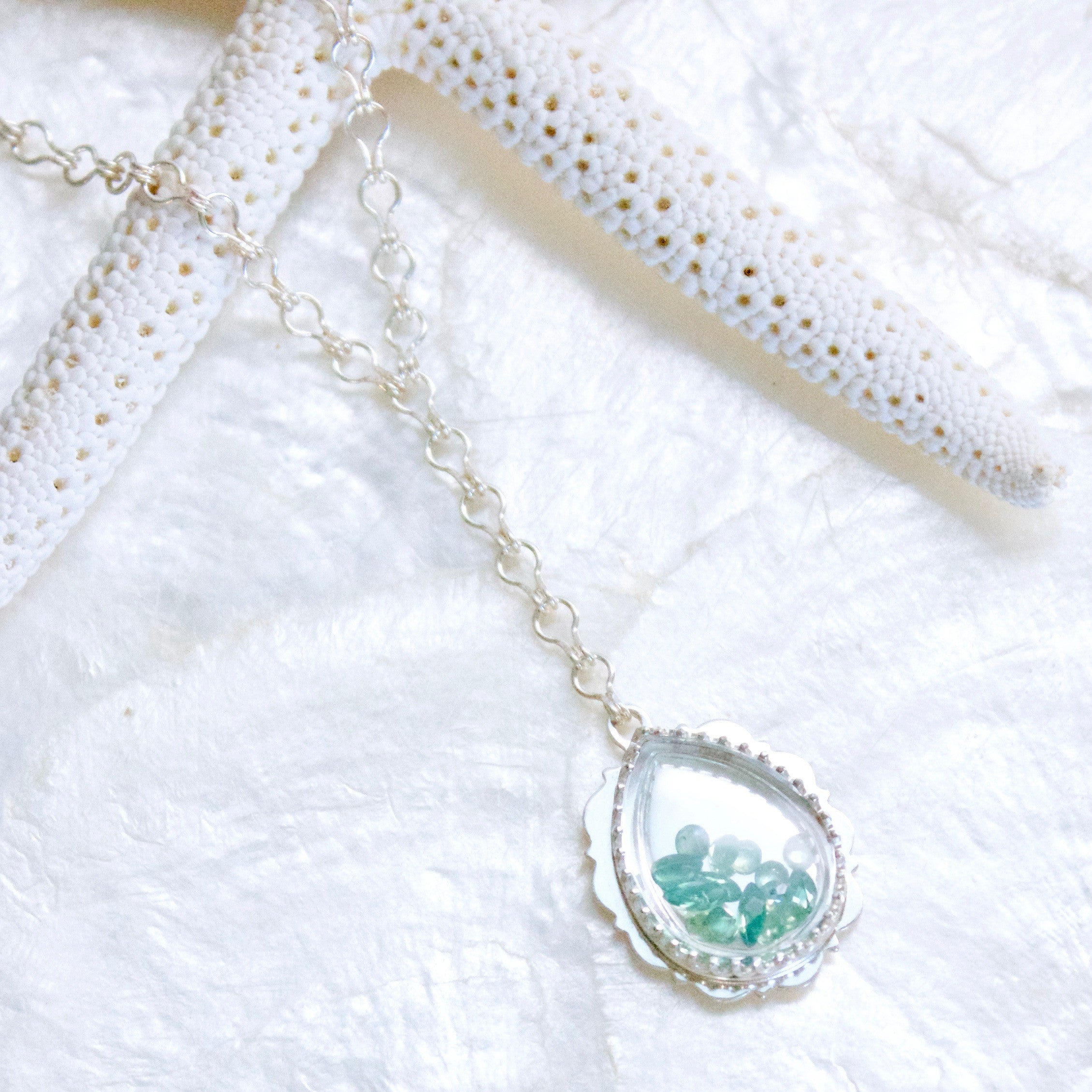 necklace gold white diamonds with alexandrite in created tw
