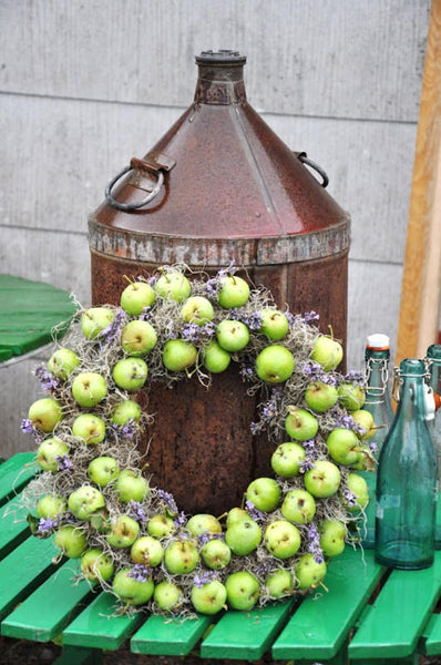 Fall Apple Wreath