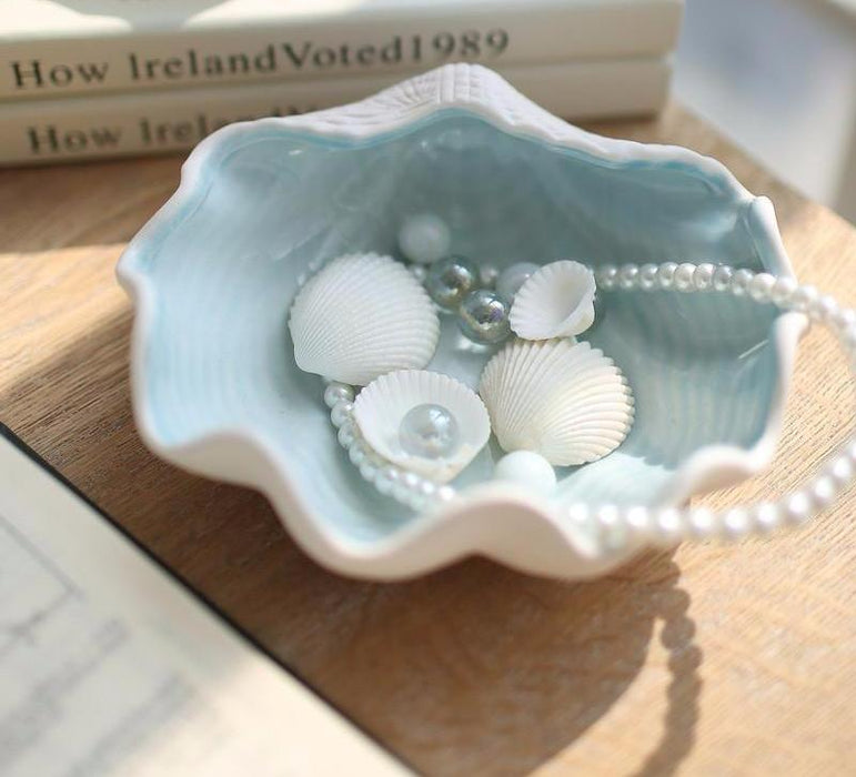 Great Pearl Shell Jewelry And Key Holder Decor