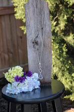 Load image into Gallery viewer, Memory Flower Jewelry | Druzy Drop Necklace