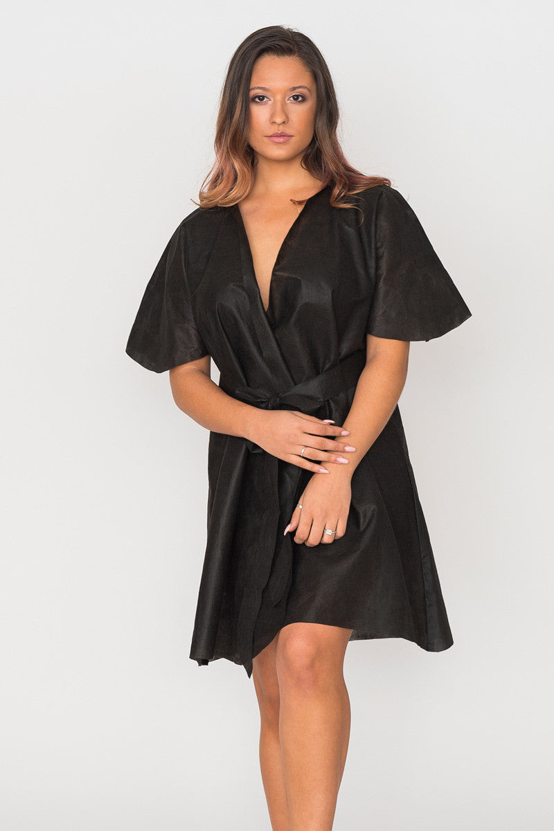 Wear & Away Robe for sunless tanning in black