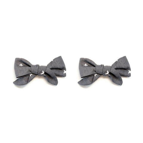 Cross Your T's // Bow Set