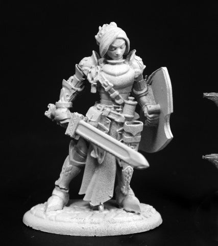 03764 Merrowyn Lightstar, Female Elf Paladin - Leisure Games