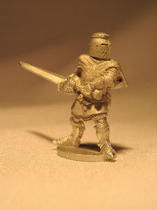 18010 Armed Knight with 2 Handed Sword - Leisure Games