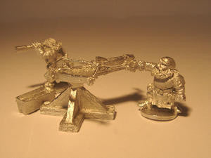 18018 2 Dwarves & Hornet Repeating Crossbow - Leisure Games