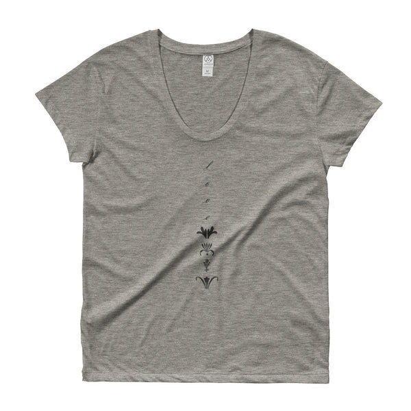 MCC lovelove Scoop neck T