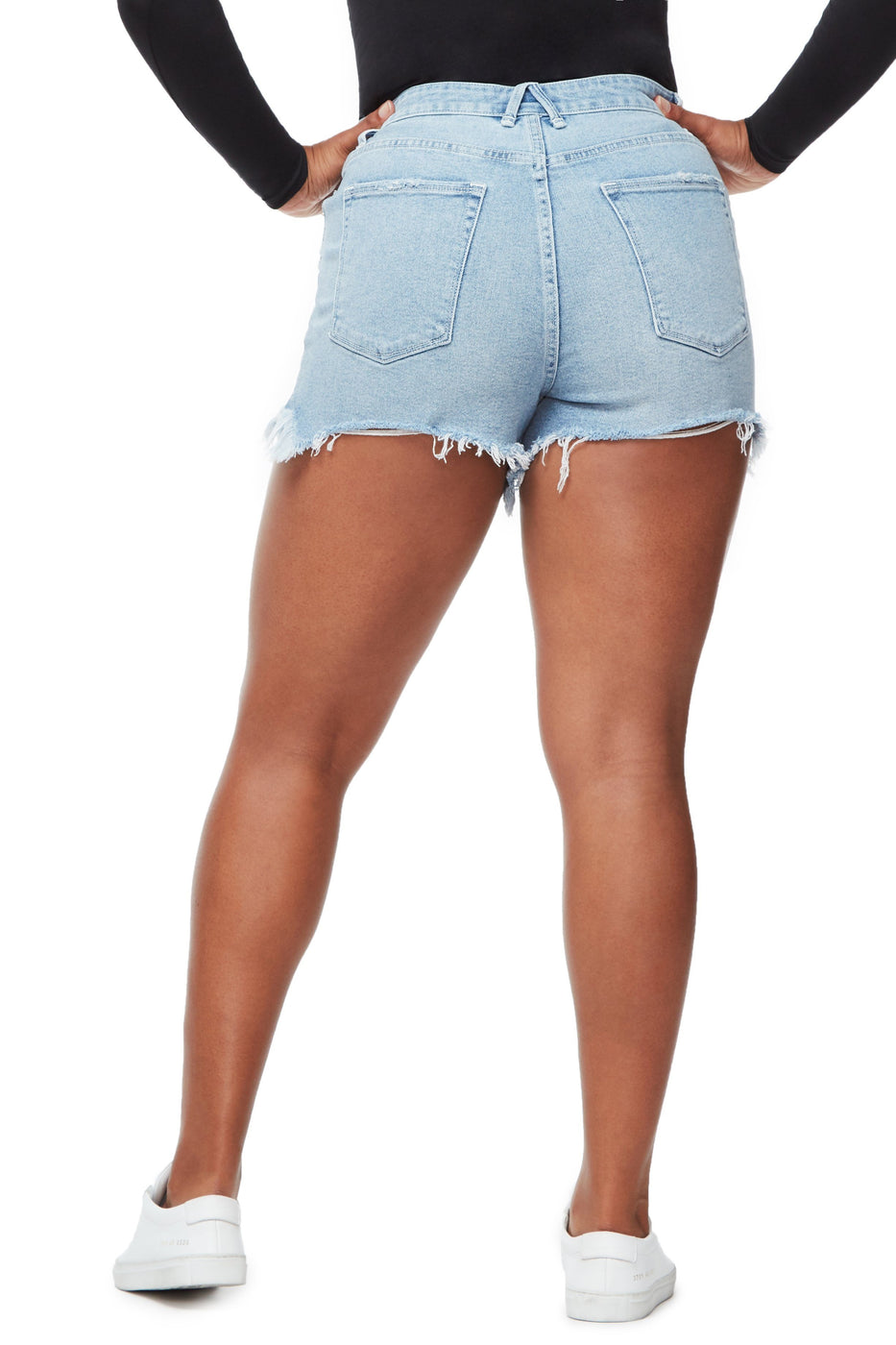 Good American Ripped Bombshell Short Blue229