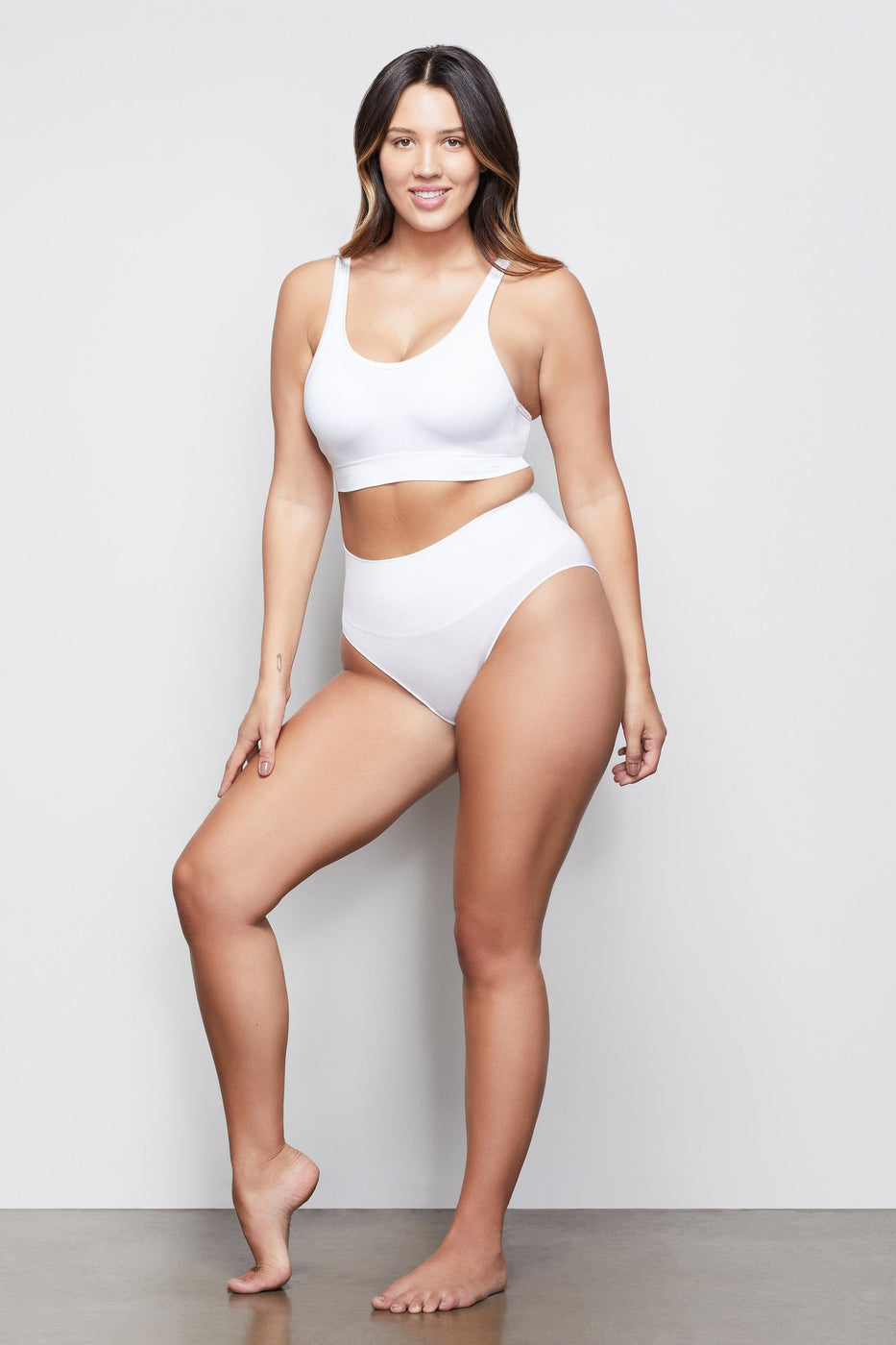 HIGH IMPACT COMPRESSION BIKINI | WHITE001