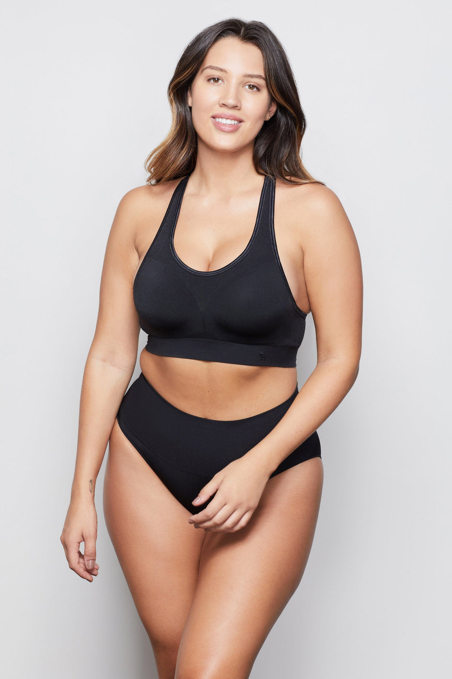 HIGH IMPACT PADDED BRA | BLACK001