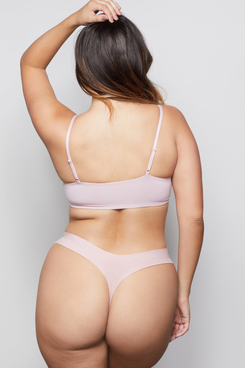 LOW IMPACT SEAMLESS BRALETTE | BLUSH001