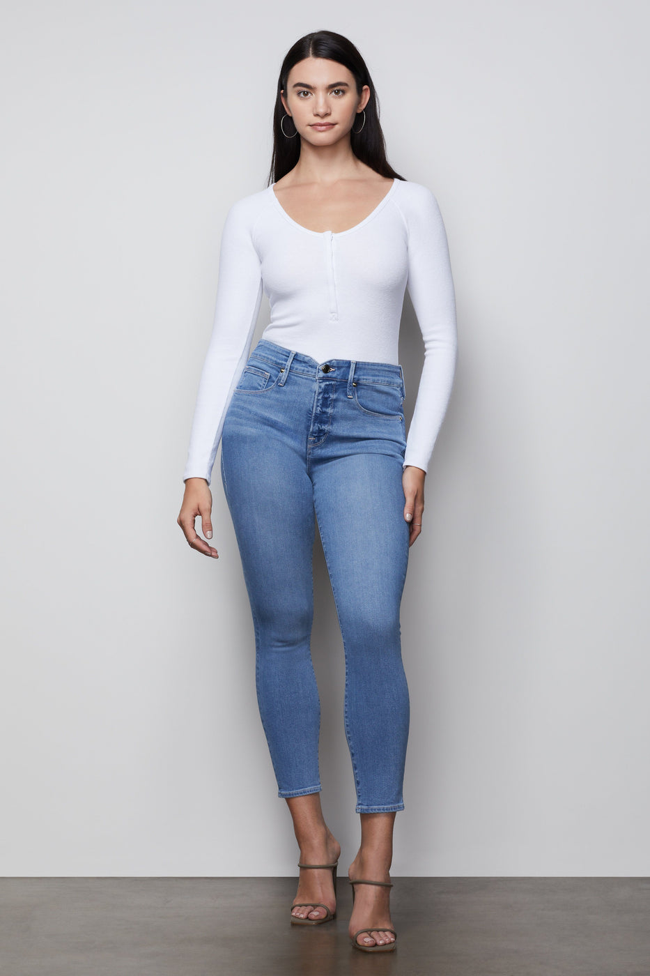 GOOD LEGS CROP NOTCHED WAISTBAND | BLUE378