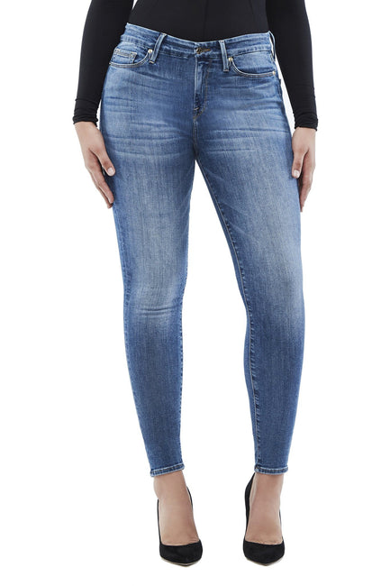 Good American High Waisted Blue107 Jeans