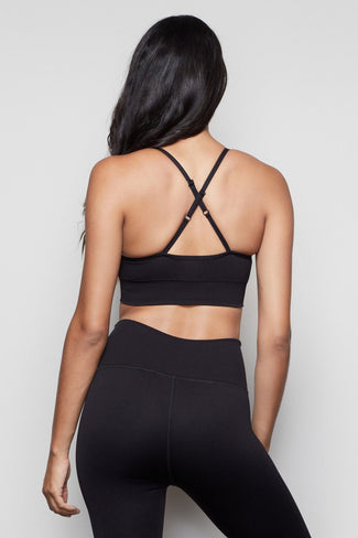 THE SEAMLESS FIT SPORTS BRA | BLACK001
