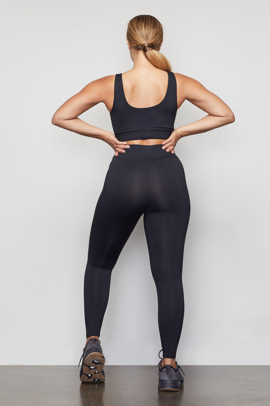 THE CUTAWAY 7/8 LEGGING | BLACK001