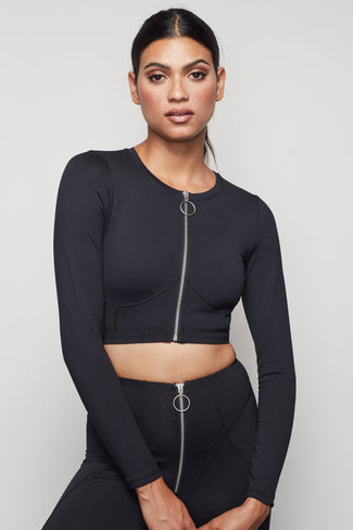 THE WARRIOR ZIP CROP TOP | BLACK001