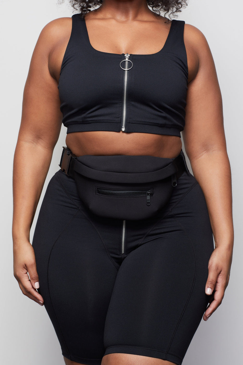 THE WARRIOR ZIP SPORTS BRA | BLACK001
