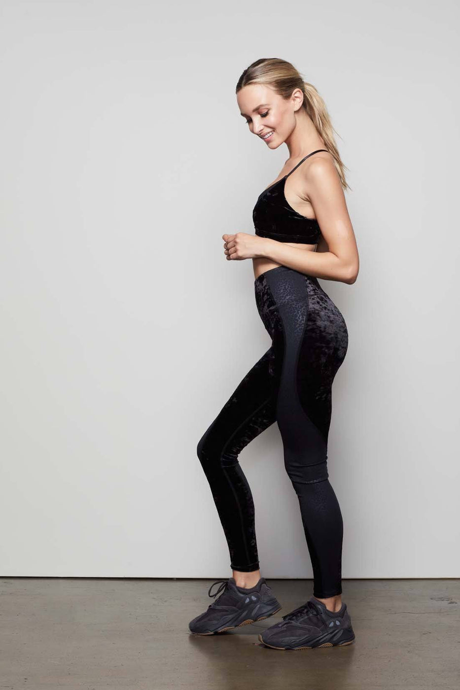 CRUSHING IT LEOPARD LEGGING | BLACK005
