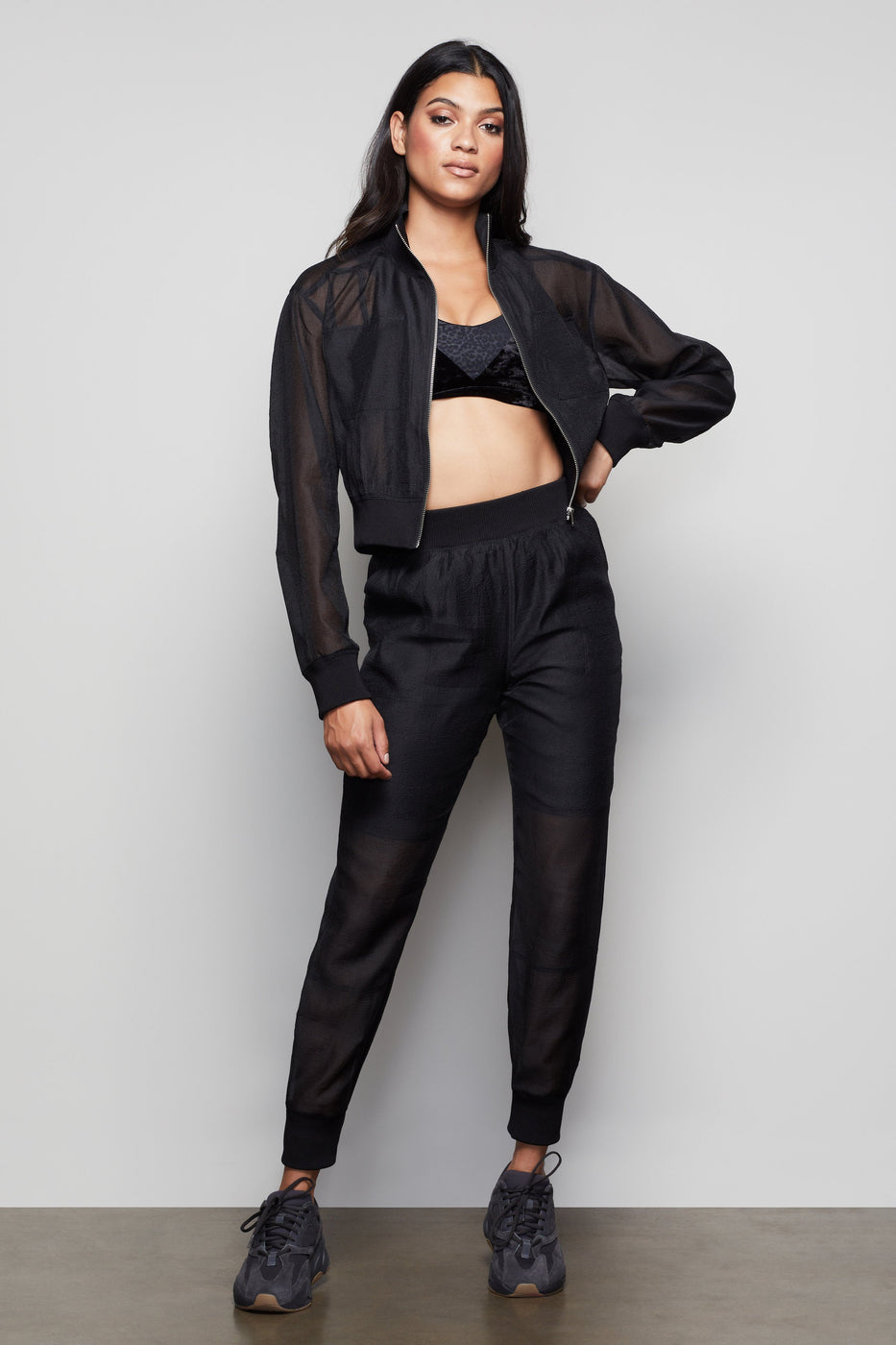 THE TAKE ME OUT BOMBER | BLACK001