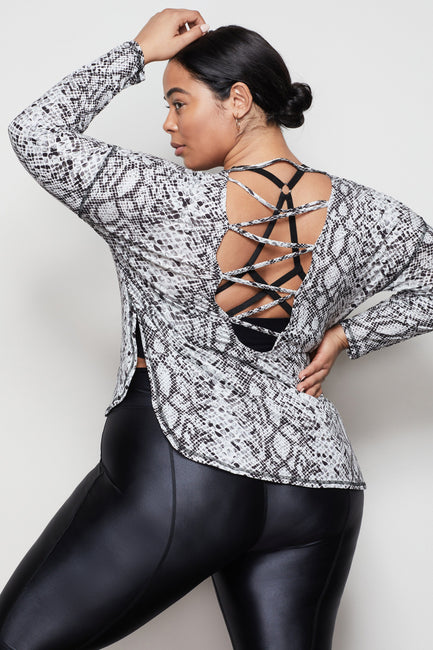 THE CRISS CROSS OPEN-BACK TOP | PYTHON001