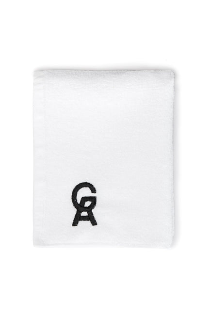 Good American The Icon Sweat Towel | White001