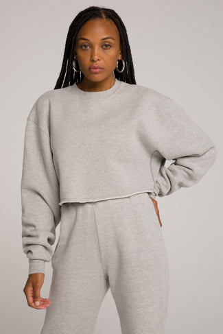 CROPPED & COOL SWEATSHIRT | HEATHER GREY001