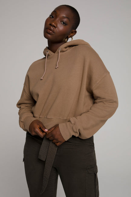 CROPPED & COOL HOODIE | PUTTY001