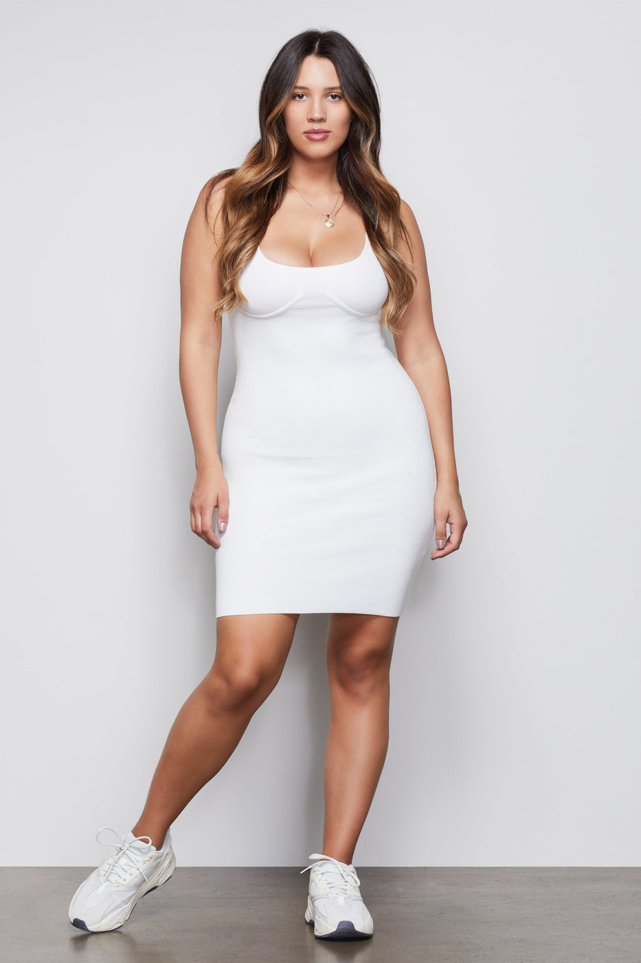 THE INFLUENTIAL BODYCON DRESS | WHITE001