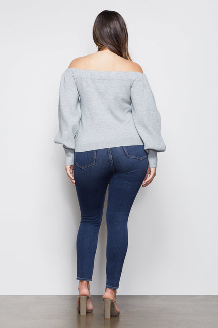 THE OFF-THE-SHOULDER SWEATER | HEATHER GREY001