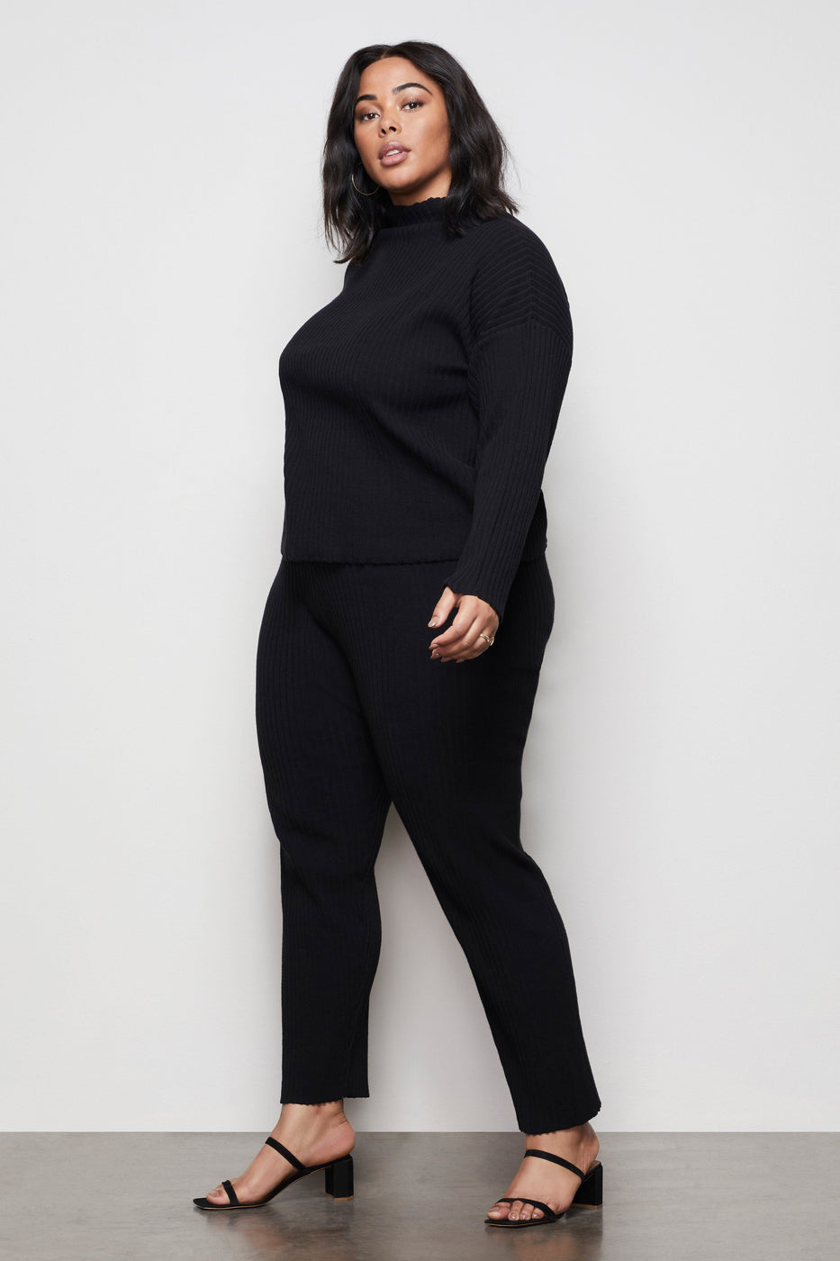 THE GO-TO KNIT JOGGER | BLACK001