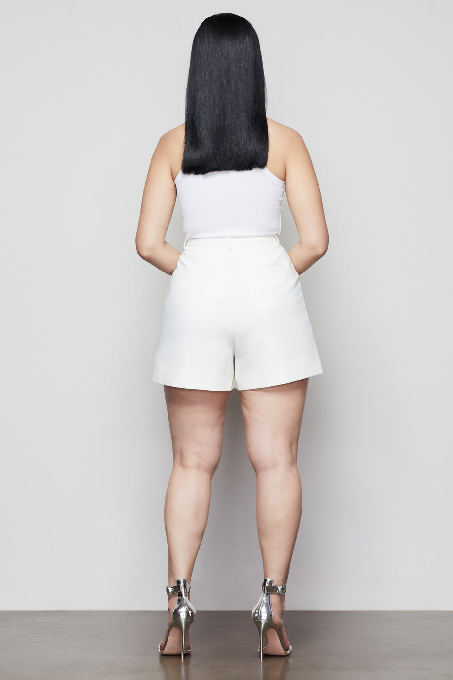 SUMMER BOSS SHORT | IVORY002