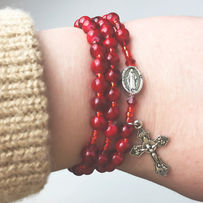 Marbled Scarlet Miraculous Medal 3-in-1 Full 5 Decade Rosary Bracelet by Risen Rosaries