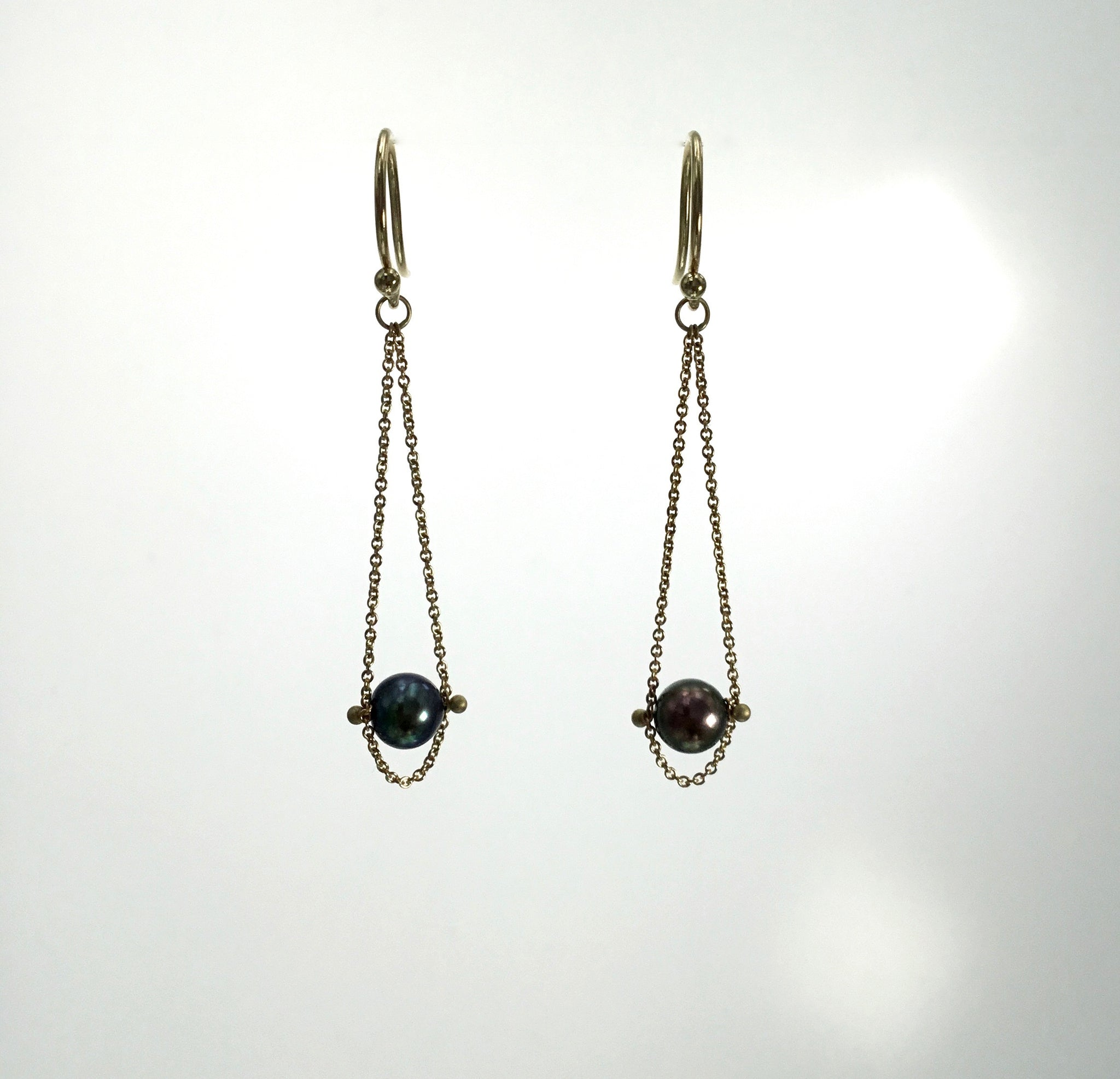 Carla Caruso Swinging Pearl Earrings