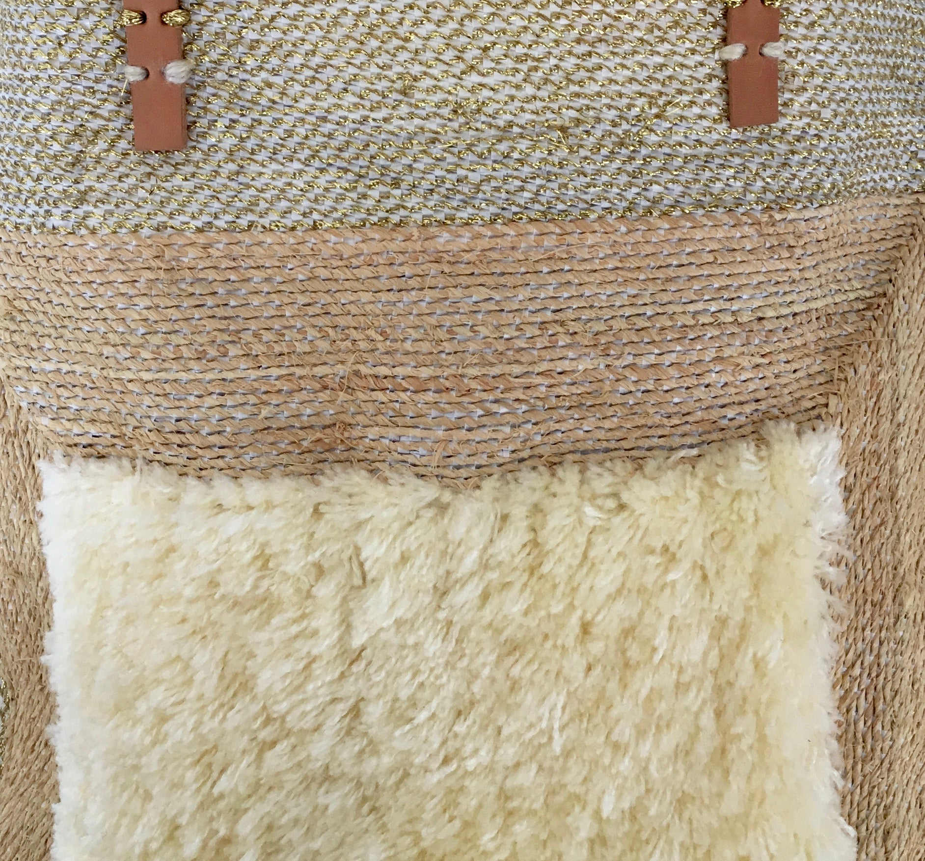 En Shalla Tote Bag with Cream Plush Rectangle
