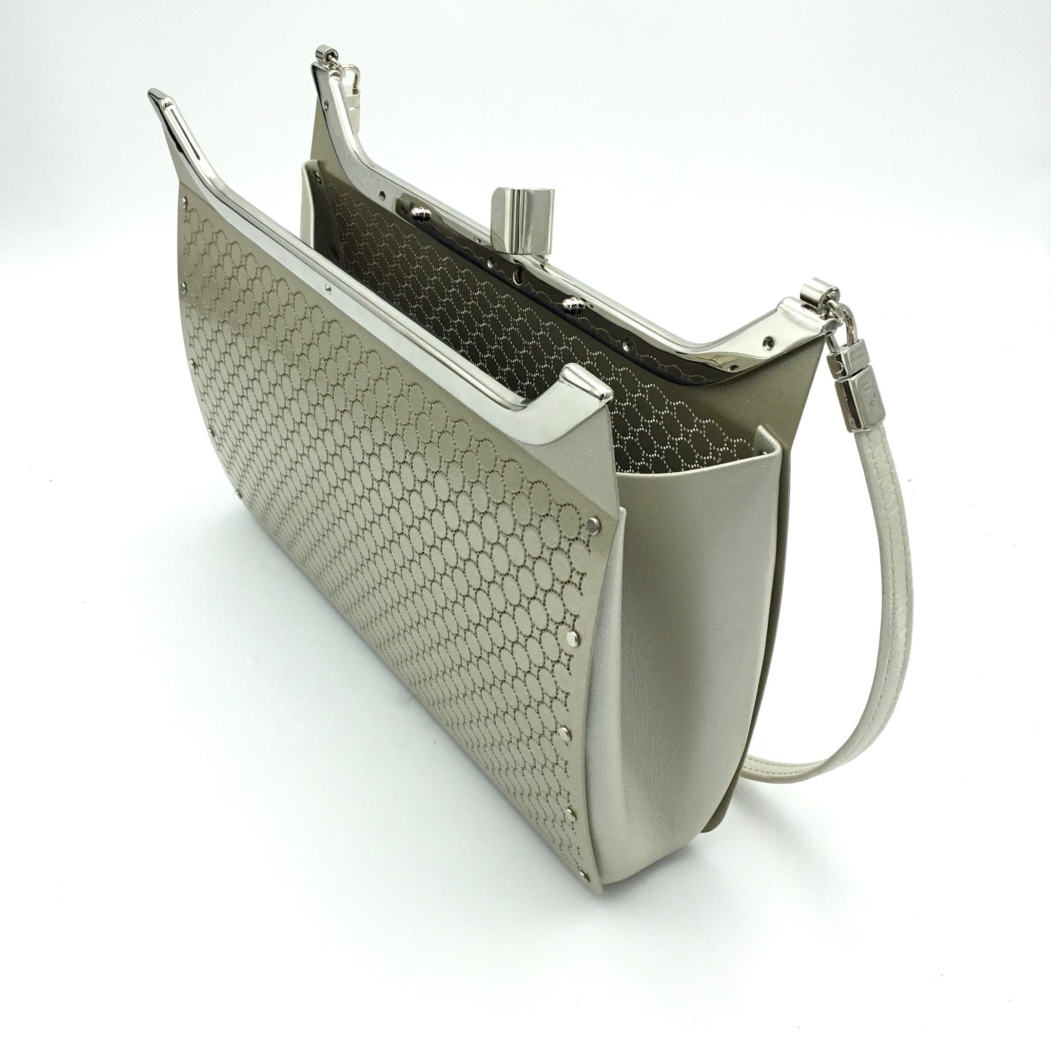 Wendy Stevens Loop Bag in Champagne