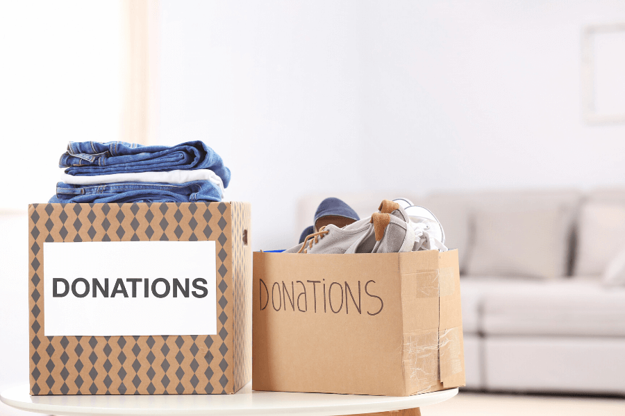 Sorting clutter & donating box