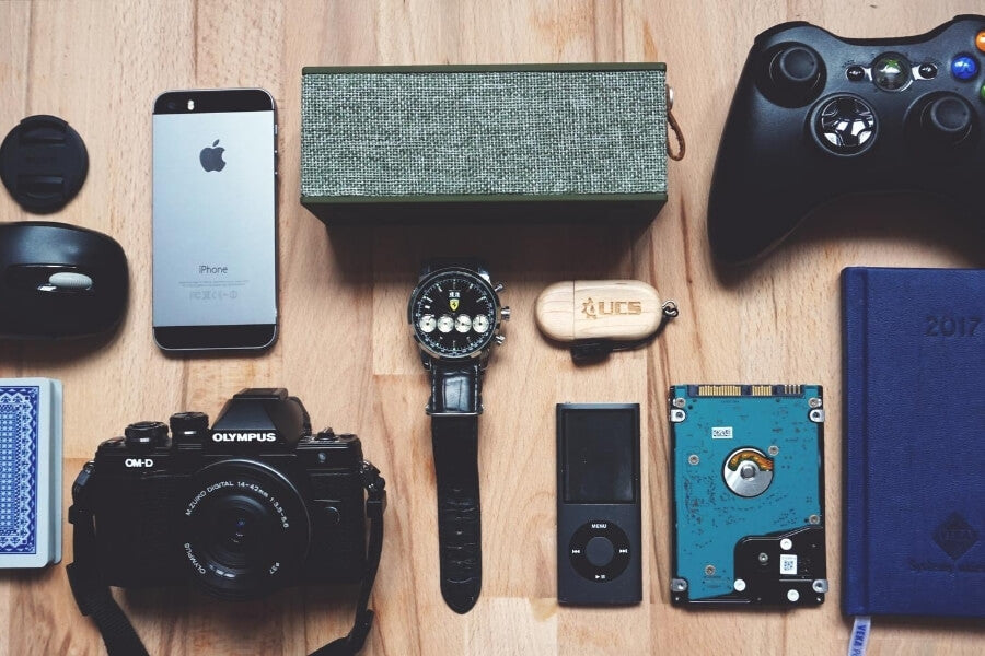 gadgets for glamping trip