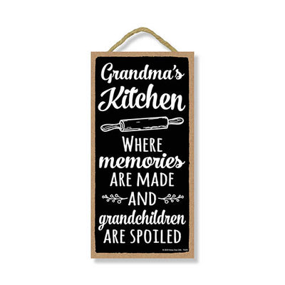 Grandma's Kitchen, Funny Kitchen Wall Decor, Grandma Quotes Wooden Decorative Sign, 5 Inches by 10 Inches