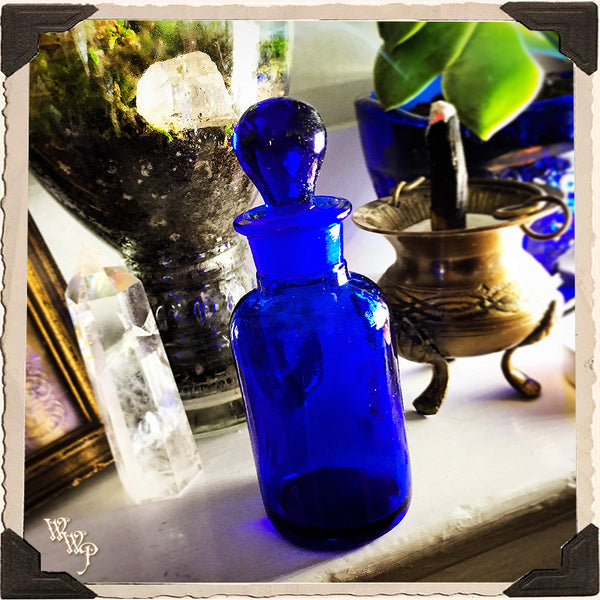 COBALT BLUE GLASS APOTHECARY BOTTLE. 1oz. For Vintage Altar Decor, Potions, Herbs.