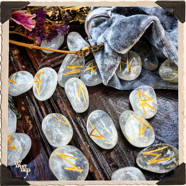 QUARTZ CRYSTAL MAGICK RUNE SET. For Divination & Fortune Telling