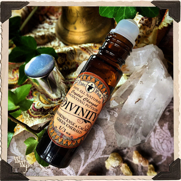 DIVINITY 1/3oz. Anointing Oil Potion. All Natural Frankincense & Cacao. Blessed with Emerald