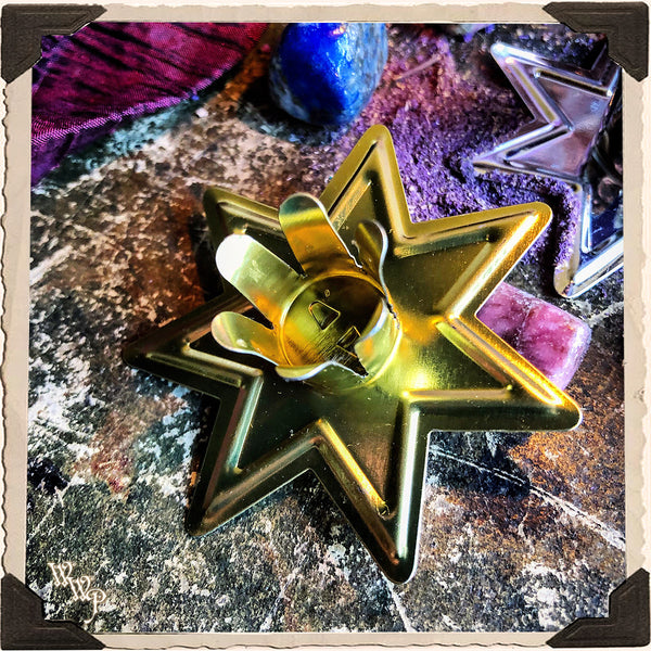 GOLD STAR CANDLE HOLDER. For Mini Taper & Spell Candles.