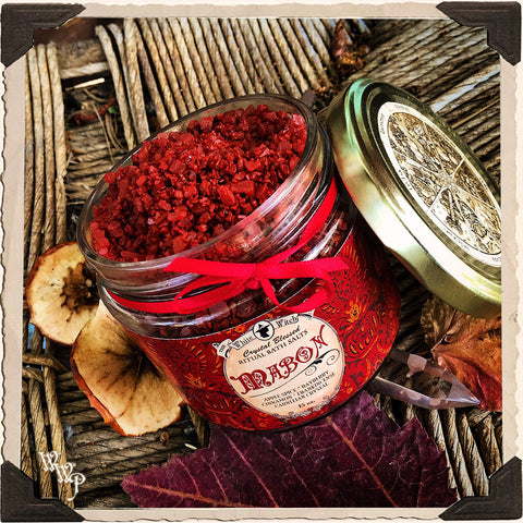 MABON BATH SALTS Alchemy. Autumn Equinox Ritual. Scent of Apple Spice, Cinnamon, Bayberry & Frankincense. Blessed by Carnelian Crystal.