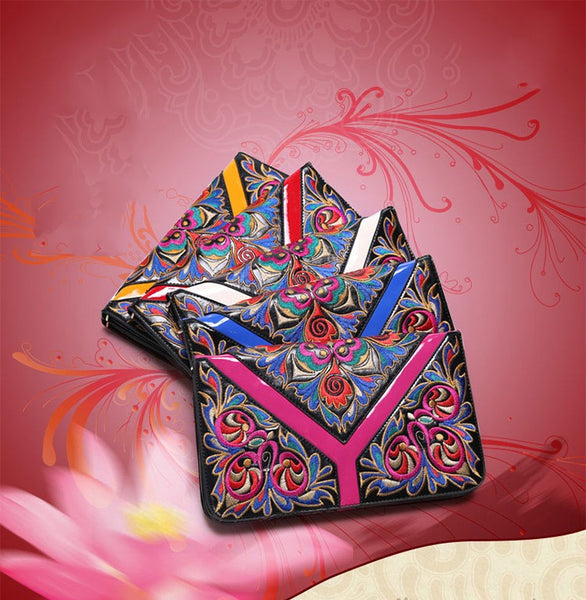 Ethnic Embroidery Messenger Bag