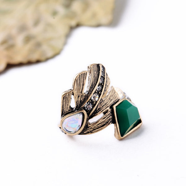 Retro Emerald Ring