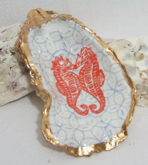 Oyster Shell Jewelry Bowl - Kissing Seahorses