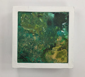 Green Abstract in Small White Wood Block