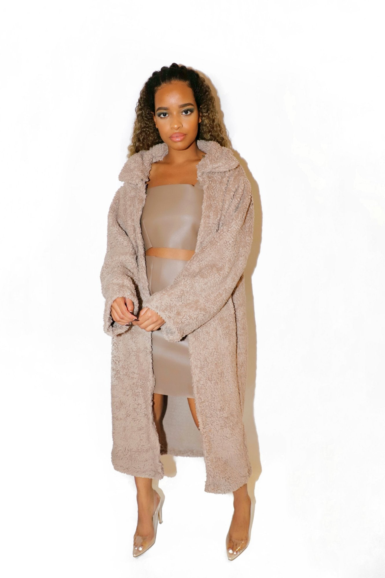 TEDDY FAUX FUR COAT WARM TAUPE - VOLITION
