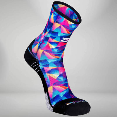 Retro Triangles Socks (Mini Crew)Socks - Zensah