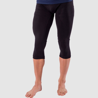 Base Layer 3/4 Compression CaprisCompression Bottoms - Zensah